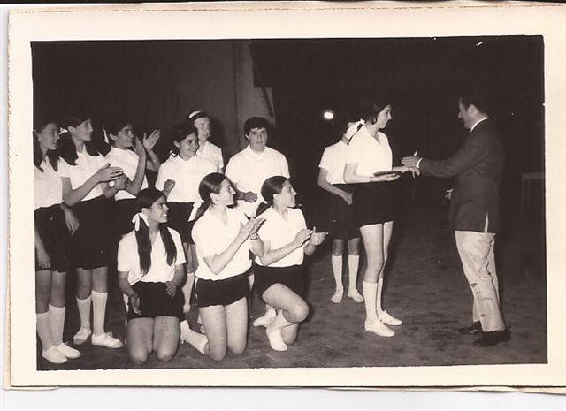 Fiesta de la Educación Física, en la imagen el Director Ing. Alfredo Téllez.