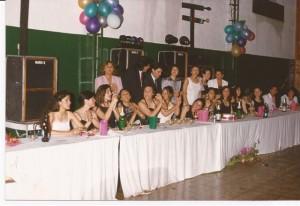 Promoción 1993 en su baile de egresados.