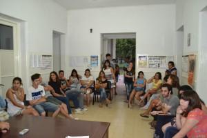 Estudiantes de Rawson en Chivilcoy que asistieron a una de las reuniones para conformar el Centro.