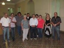 Integrantes del Sindicato de Trabajadores Municipales de Chacabuco antes de reunirse con Barrientos.