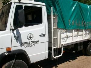 Un camión de la firma Talleres Carmona de Chivilcoy llevó las donaciones de Rawson a Chivilcoy y que tendrán como destino final Chaco.