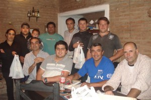Concejales de la UCR con vecinos del Bario Obras Sanitarias Sector Oeste de Chacabuco.