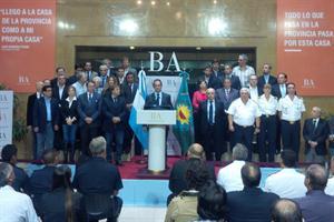 El gobernador bonarense, Daniel Scioli, anunció este mediodía la emergencia en seguridad en la provincia durante un año.