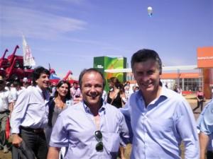 Luis Speranza junto a Mauricio Macri en Expoagro.