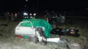 Estado en que quedó el auto del hombre fallecido.