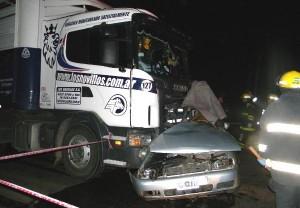 Imagen del accidente en la que perdieron la vida dos vecinos de Chacabuco.