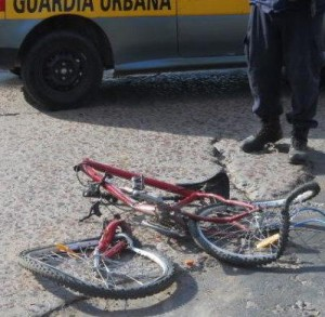 magen de la bicicleta que era guiada por el nene de 13 años que fue arrollado por un camión en Chivilcoy.