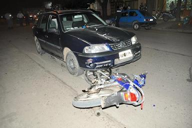 Imagen del accidente ocurrido en Chacabuco y que le costara la vida a Ramiro Gianni, de 22 años.