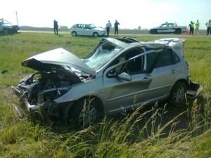Estado en que quedó el Peugeot 307.