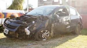 Estado en que quedó el auto tras el accidente.