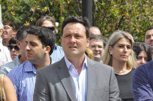 Víctor Aiola.