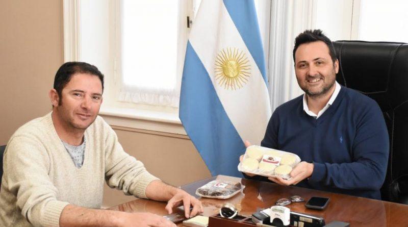 Gómez y Aiola.