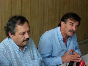 Alfonsín junto a Miguel Bazze.