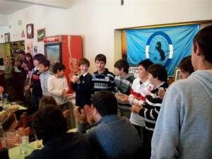 Los alumnos de la Escuela de Pato en el almuerzo.