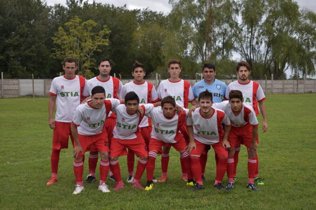 Cuarta División de Alumni para enfrentar a San Lorenzo. Foto. Fernanda Saisi