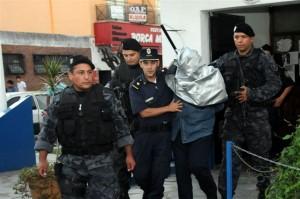 César Guardo detenido.