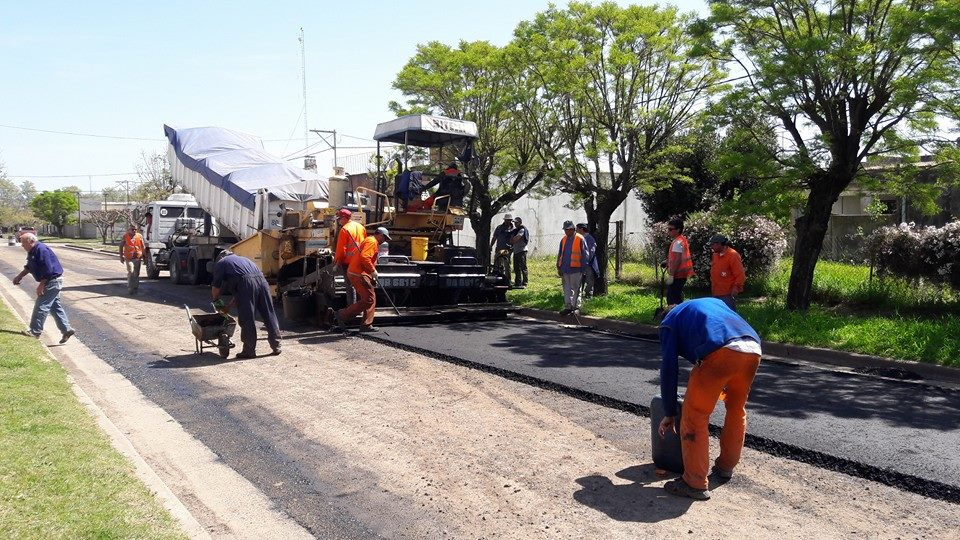 26/9/16- Varias calles de la localidad de O´Higgins están siendo asfaltadas. Noticia en desarrollo.