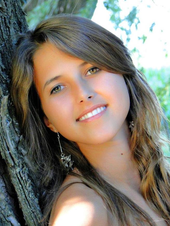 Samantha Lespade representa a Carlos Casares.