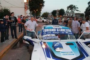Barrientos en la promoción de la carrera de Turismo Carretera que se realizara en Junín.