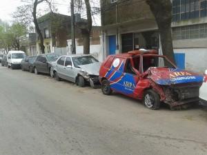 Felice pide que se retiren vehículos que están frente a la Comisaría de Chacabuco.