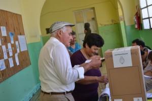 El 84.4% del padrón electoral, emitió su voto en Rawson.