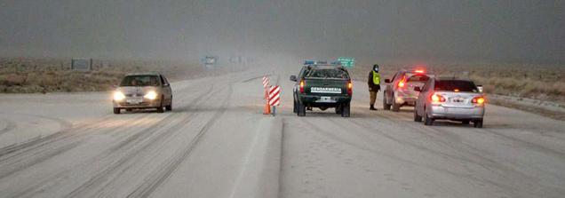 Imagen de una ruta cercana a Bariloche. Foto: telam.com.ar