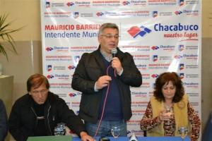 Entregaron 350 becas en Chacabuco.