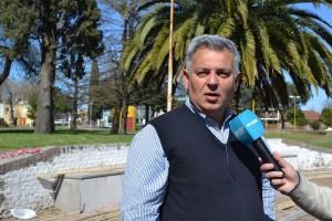 Barrientos recorrió la obra de la Plaza Belgrano.