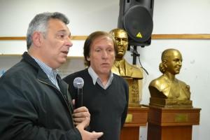 Barrientos en el homenaje a Evita y con la JP.