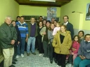 Barrientos con vecinos de las calles Primera Junta y Domínguez de Chacabuco.