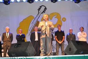 El Intendente Mauricio Barrientos en la Fiesta de la Empanada.