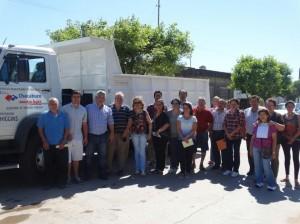 Barrientos entregó subsidios y un camión.