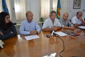 Barrientos presentó un encuentro regional de Teatro en Chacabuco.