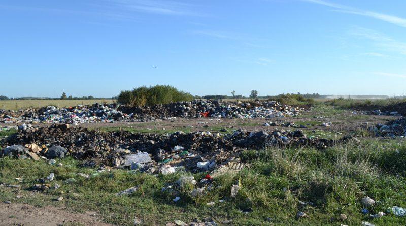 La imagen pertenece al basural a cielo abierto, ubicado en camino real a Tres Sargentos y a 3.400 metros del casco urbano de Rawson.