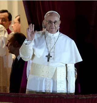 13/3/13- El cardenal argentino Jorge Bergoglio fue elegido como el sucesor de Benedicto XVI.