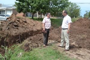 Trabajos para el escurrimiento del agua en Barrio Ubaldo Martínez.