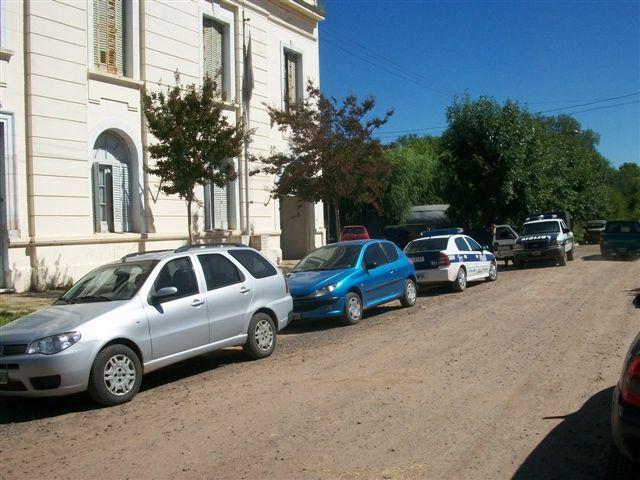 Más de 60 efectivos policiales realizaron tareas de rastrillaje.