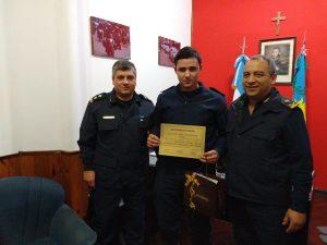 El Oficial de Policía, Juan Sebastián Cabral, distinguido.