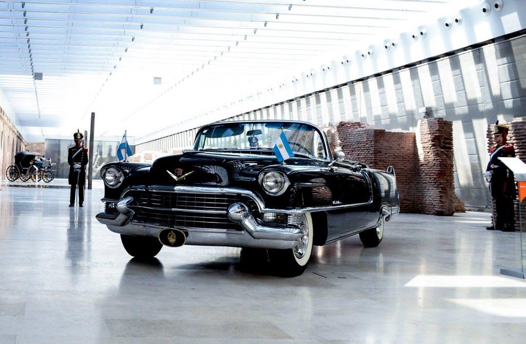 29/1/18- El secretario general de la Presidencia, Fernando de Andreis, presentó hoy el automóvil Cadillac que el ex presidente Juan Domingo Perón había comprado en 1955 y que fue restaurado para su exhibición en el Museo Casa Rosada.