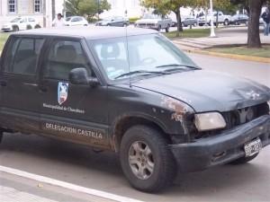 La imagen muestra el estado de la camioneta de la Delegación de Castilla perteneciente a la Municipalidad de Chacabuco