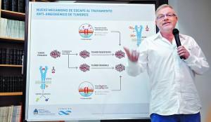 """Presentación. Gabriel Rabinovich, líder del equipo de científicos argentinos, explicó ayer las implicancias del hallazgo. """"Deseamos que nuestro trabajo sea útil para todos"""", dijo. MARIA EUGENIA CERUTTI"""