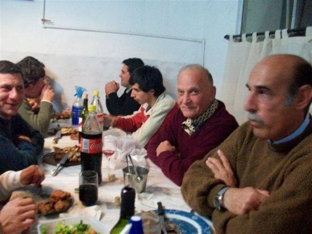 Varias generaciones fueron las que participaron de la cena.