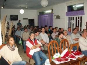 Más de  70 personas estuvieron presentes en la charla.