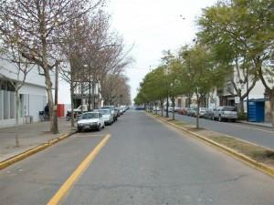 Foto de archivo de avenida Sarmiento de Chivilcoy.