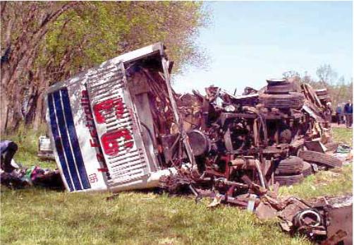 Imagen del terrible impacto, dónde murieron seis personas y hubo más de 40 heridos.