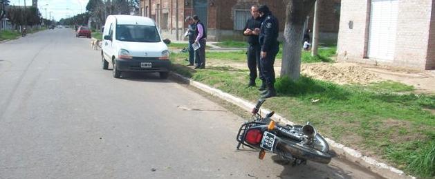 Imagen del accidente ocurrido este mediodía en Rawson.