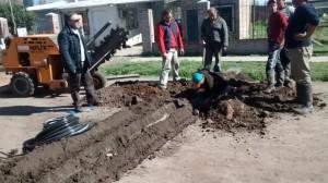 Extensión de la red de agua en el Barrio Los Misioneros.