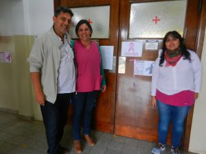 El Dr. Cristofani junto a sus colaboradoras.