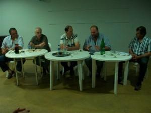 Directivos APACRA y de la Sociedad Rural en la reunión llevada a cabo en Rawson.