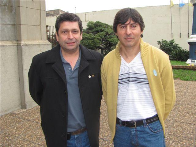 Santiago Elías Belozo y Carlos Daluisio, hoy en Chacabuco, 30 años después. Foto gentileza: Pablo Pastore.